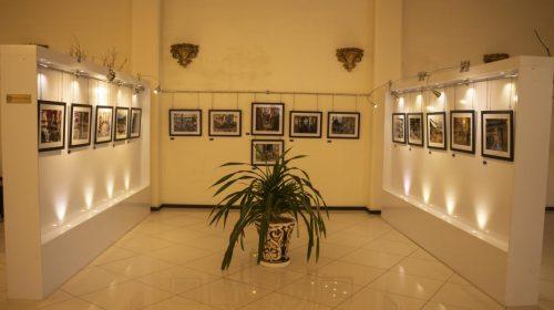 نمایشگاه عکس بازار